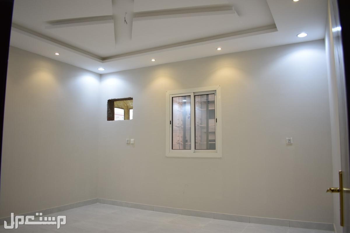 شقة روف جديدة وفاخرة للبيع بمدينة جدة