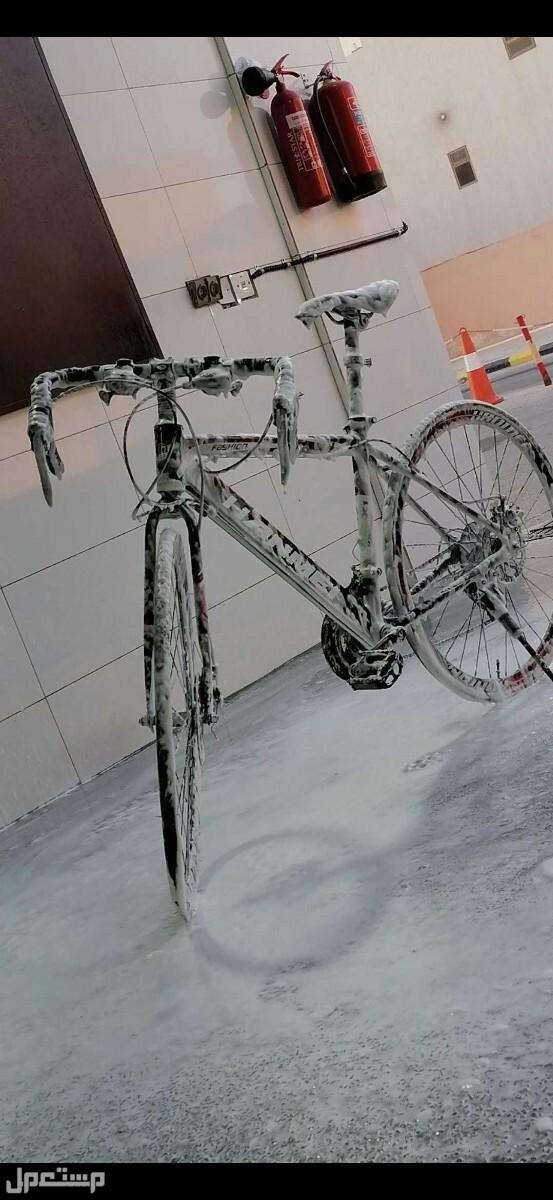 دراجه هوائية رود الاستخدام شهر ونص ونضيف مراااا وعلى السوم