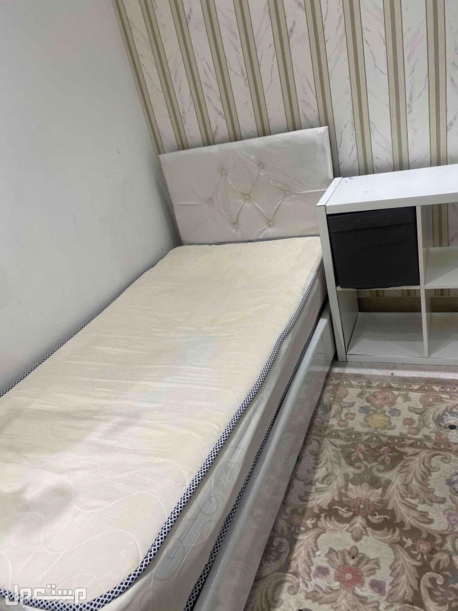 سرير نوم للبيع الدرعية