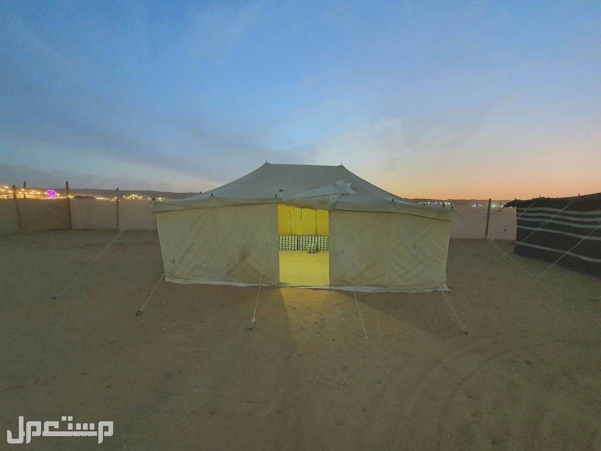 مخيم جميل للبيع على السوم