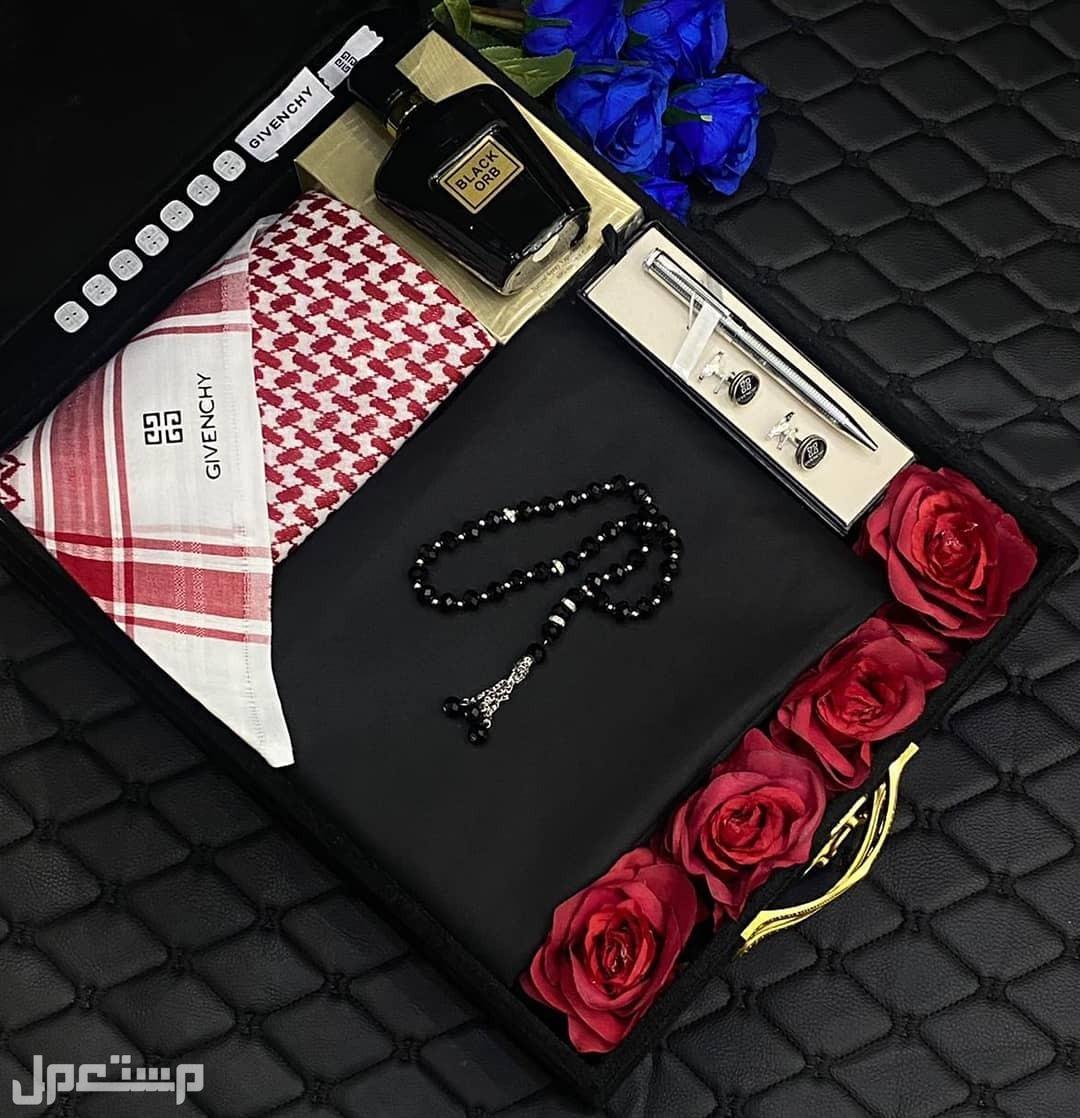 اطقم اقمشه وشماغات ملكيه فاخره من جفنشي خامات عاليه الجوده