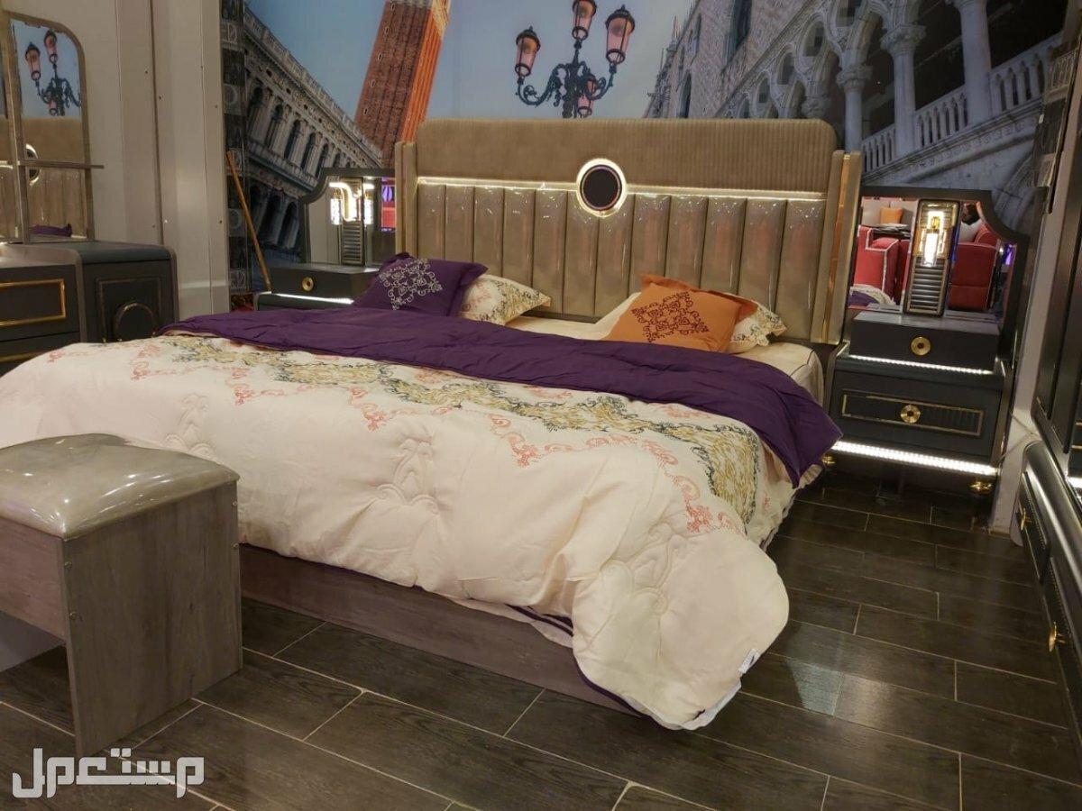 غرفة بتصميم أنيق و راقي جداً