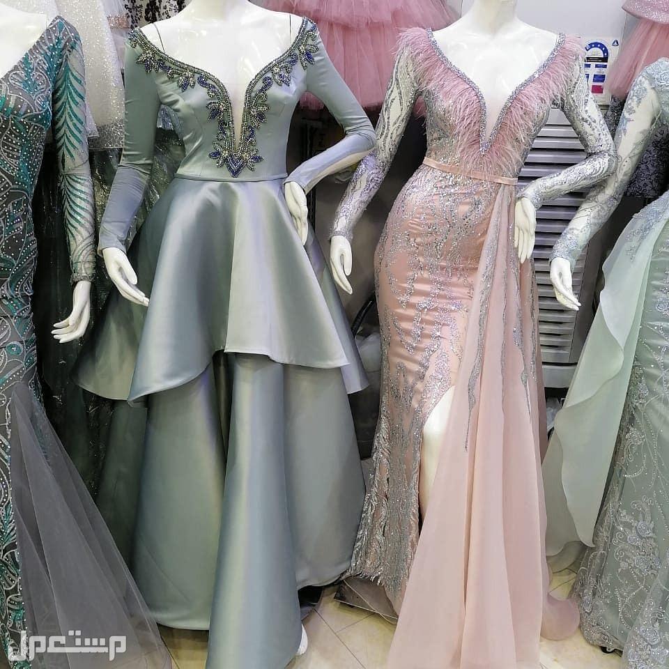 فخامة الفساتين تكفي ..
