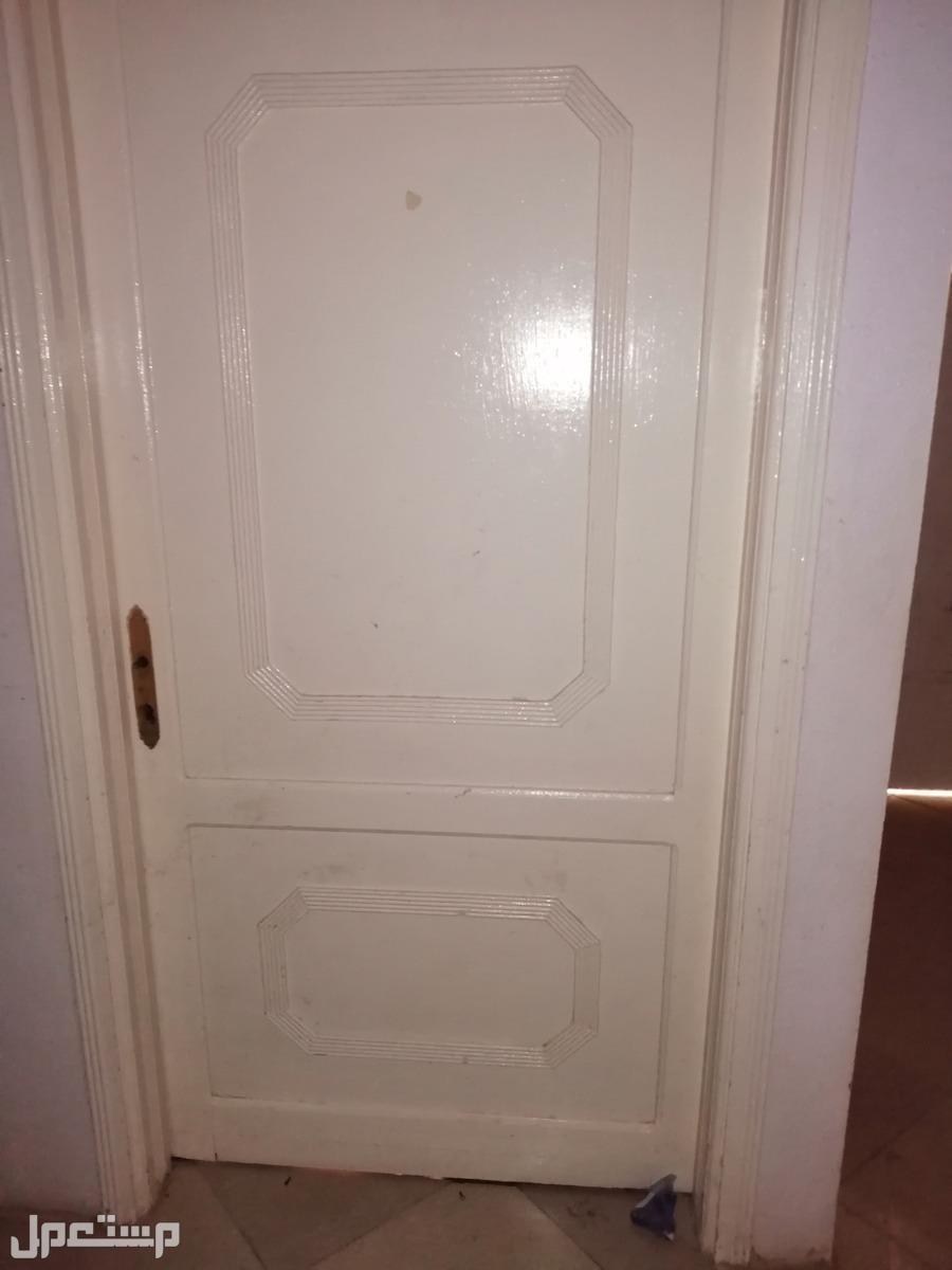 أبواب خشب مستعملة للبيع