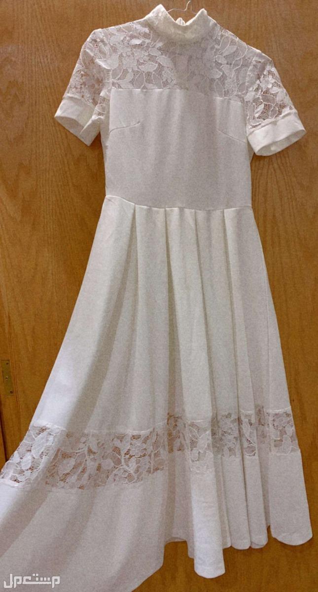 فستان للسن المحير من الامام
