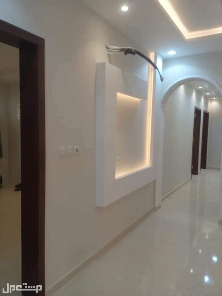 ملحق 5 غرف كبيره مع السطح للبيع  =طريقة الدفع كاش او بنك