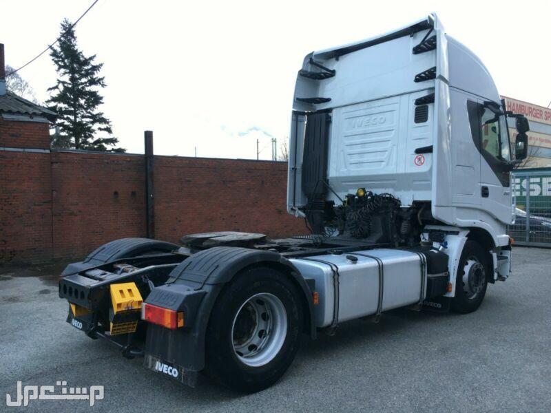 شاحنة افيكو استارليس 450 نظيفة ومضمونه حاليا بجدة