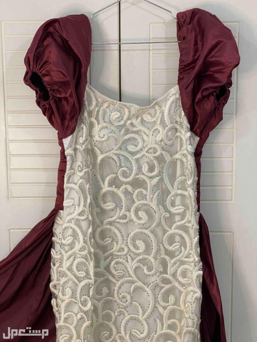 فستان سهرة منفوش