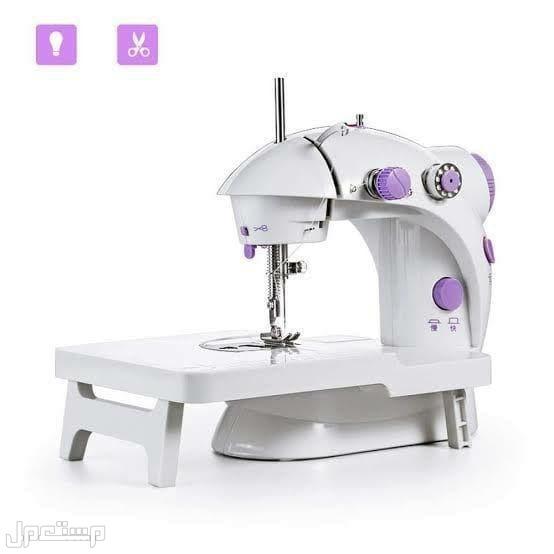 ماكينة الخياطة الصغيرة بالقاعدة من كراون ضمان سنتين