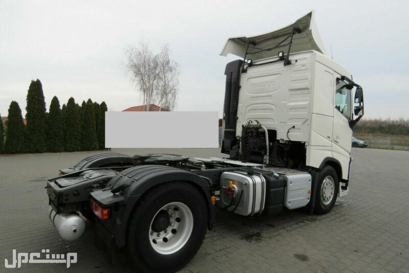 شاحنة فولفو لقطة مستوردة للبيع