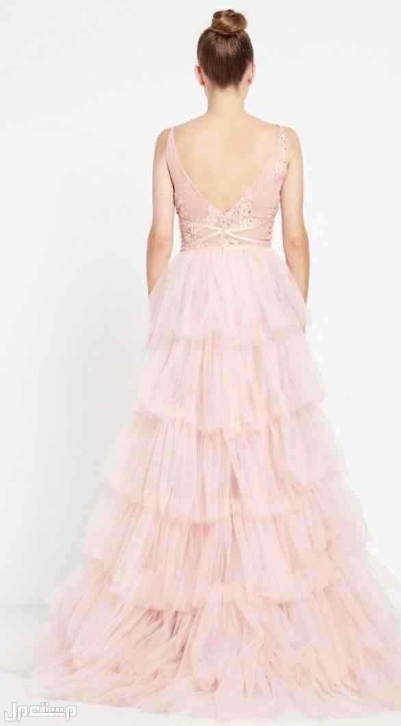 فستان سهرة راقي وفخم