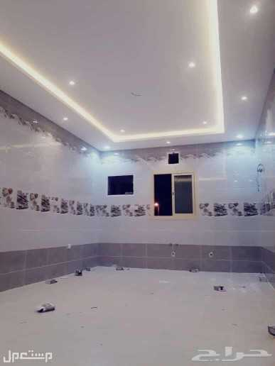 شقه 5 غرف مدخلين واماميه لتمليك جديده بتشطيب ممتاز وضمانات شامله