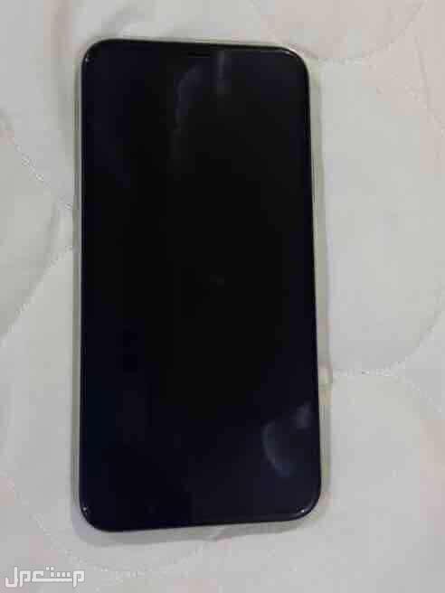 ايفون X للبيع ( 256 جيجا ) .