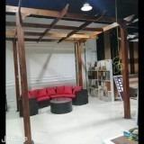 جلسات طاولات خارجية مراجيح برقولات خشبية