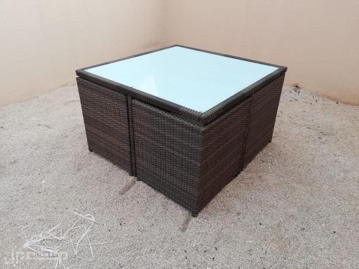 مراجيح خيام برقولات خشبية جلسات طاولات خارجية شماسات مخفضة