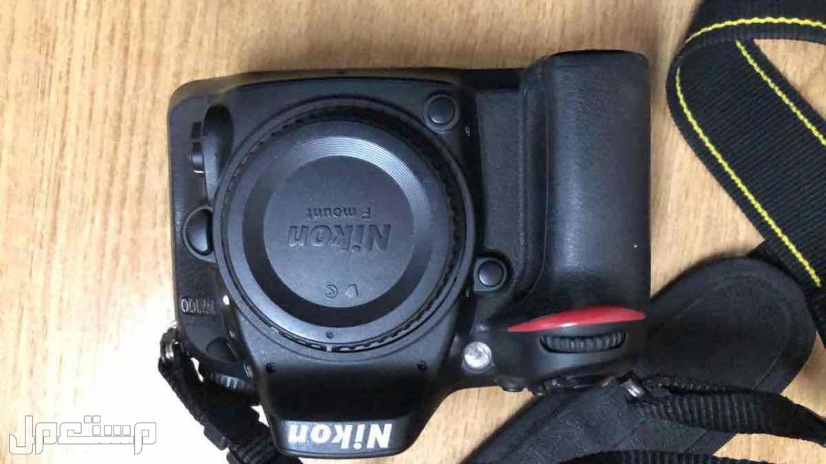 نيكون 7100D