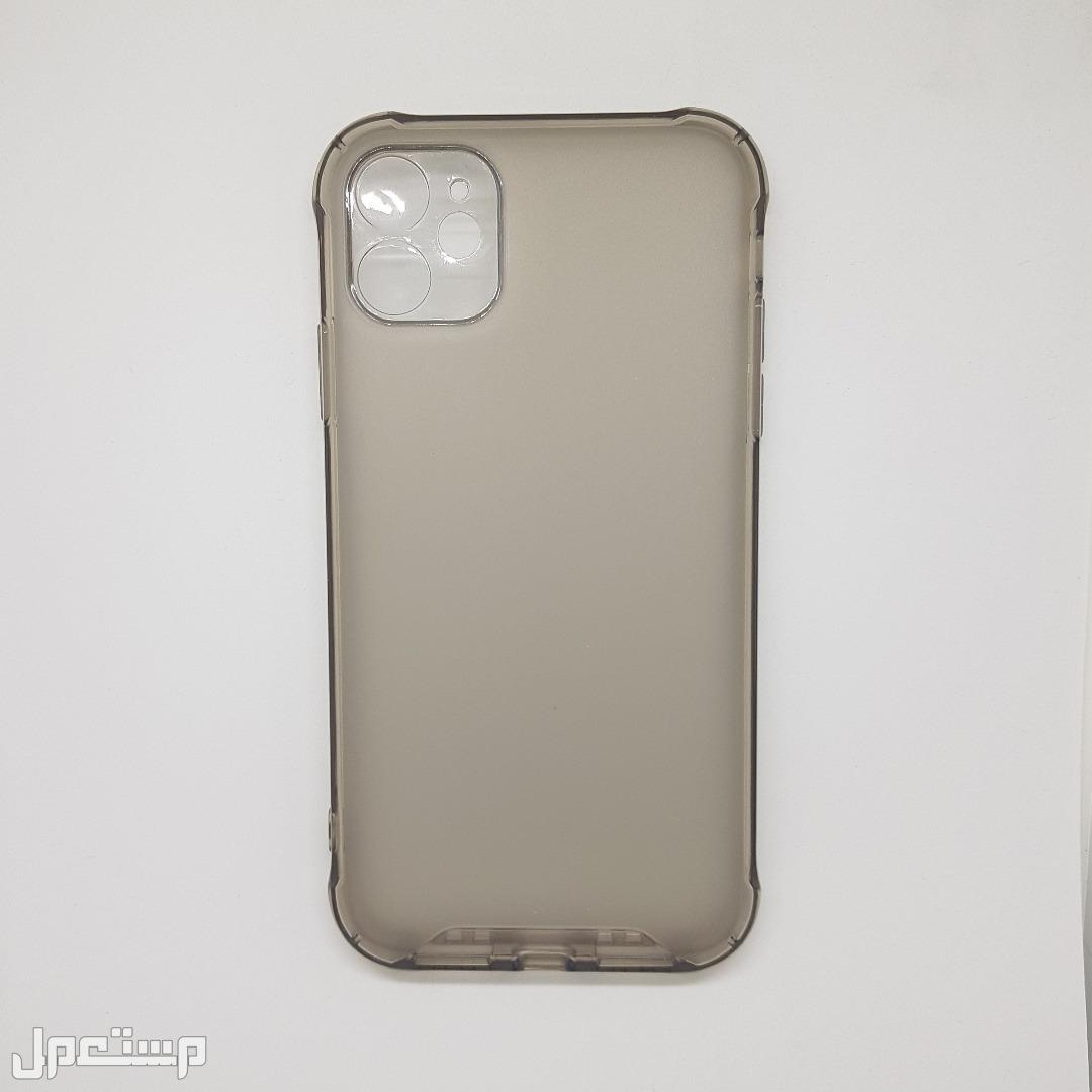كفر حماية مميز ل (iPhone 11) اسود شفاف