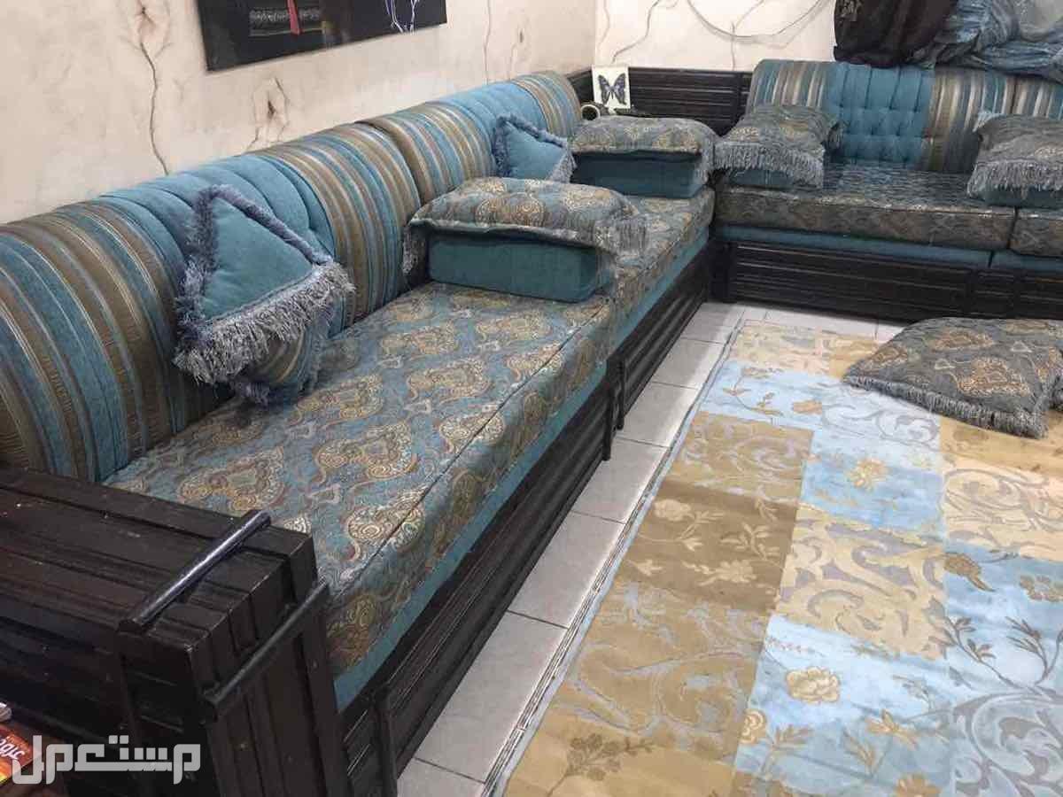 مجلس مغربي بحالة جيدة للبيع