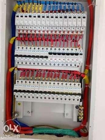 كهربائي متخصص في اعمال الكهرباء متواجد في الرياض حي الياسمين والنرجس
