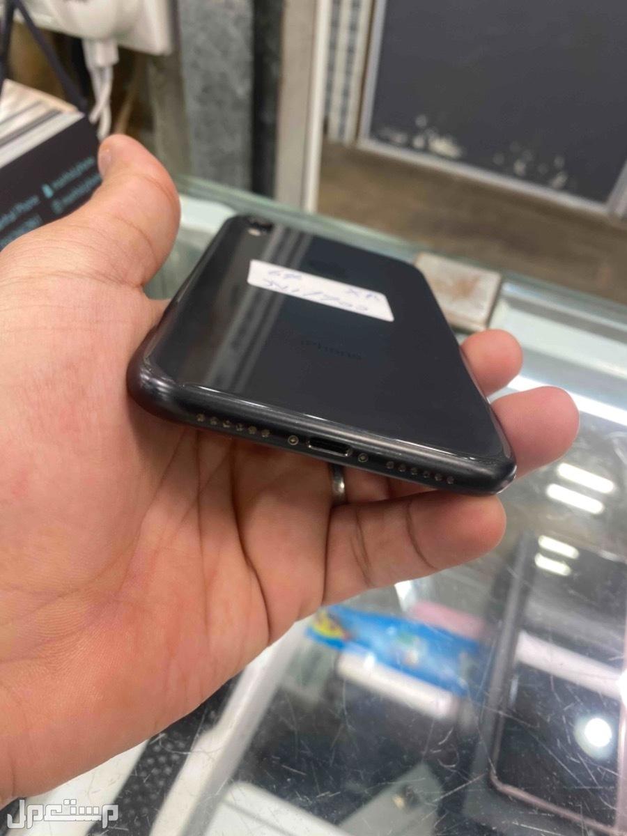 للبيع ايفون اكس ار 64 اسود مستخدم