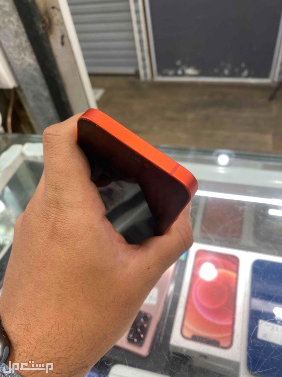 للبيع ايفون 12 ميني 128 مستخدم احمر