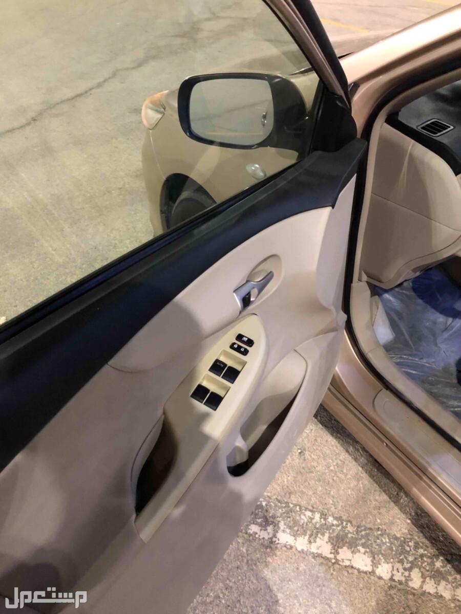 تويوتا كورولا 2013 مستعملة للبيع