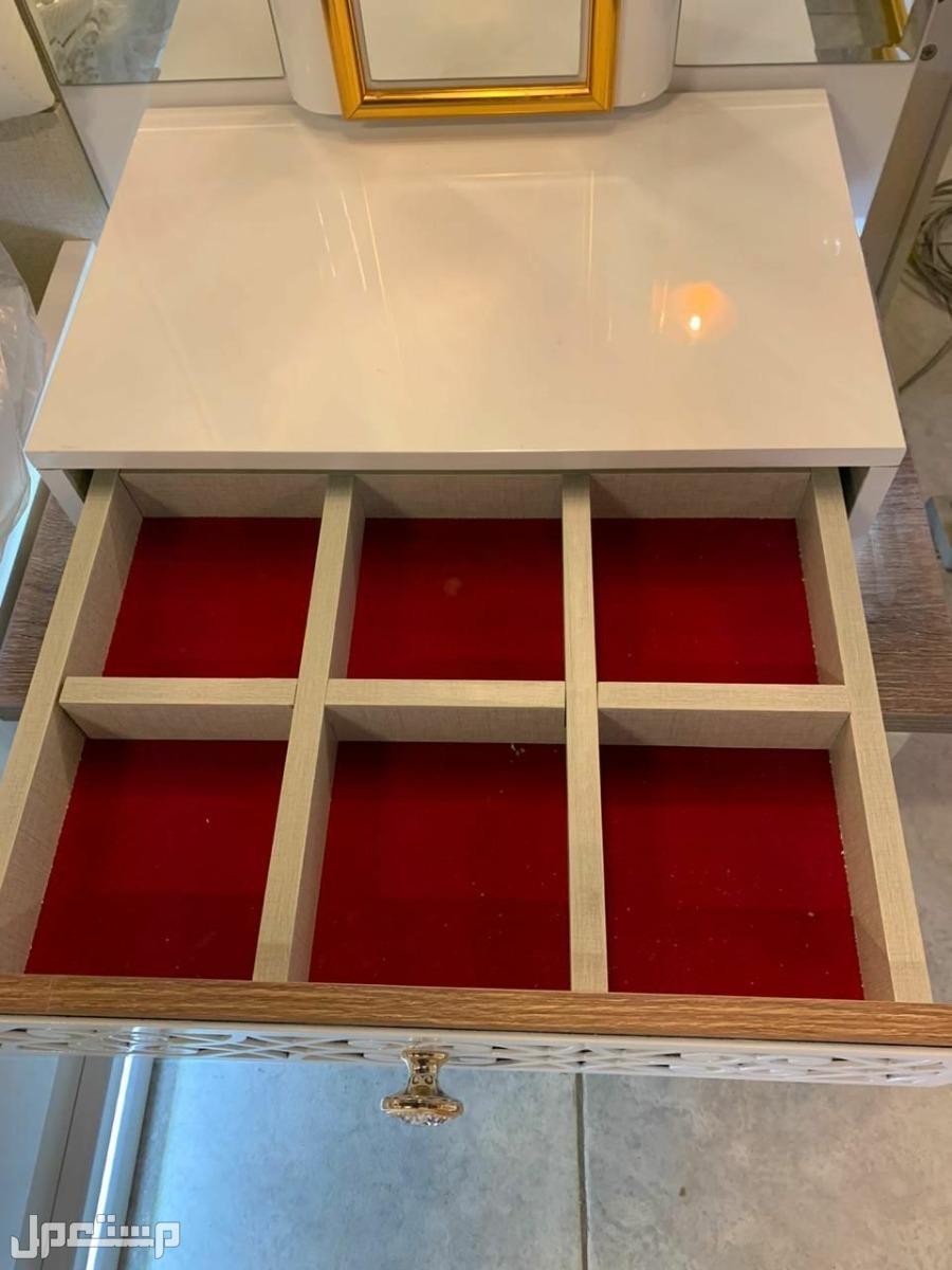 غرفة نوم كلاسيك مودرن موديل جديد مع مرتبة هدية