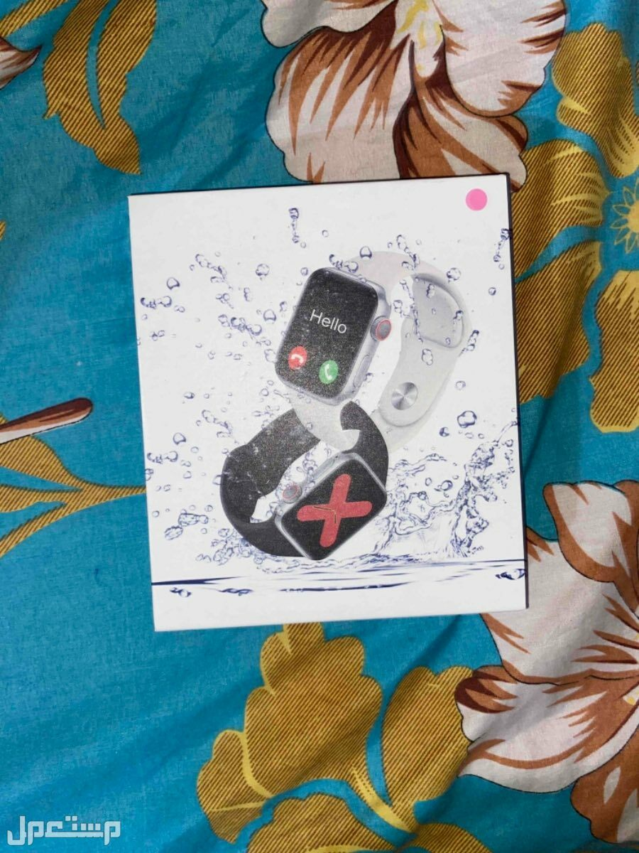 للبيع ساعة T5s المطورة شبيهة ساعة ابل  وعليها ضمان سنة ب 75 ريال فقط