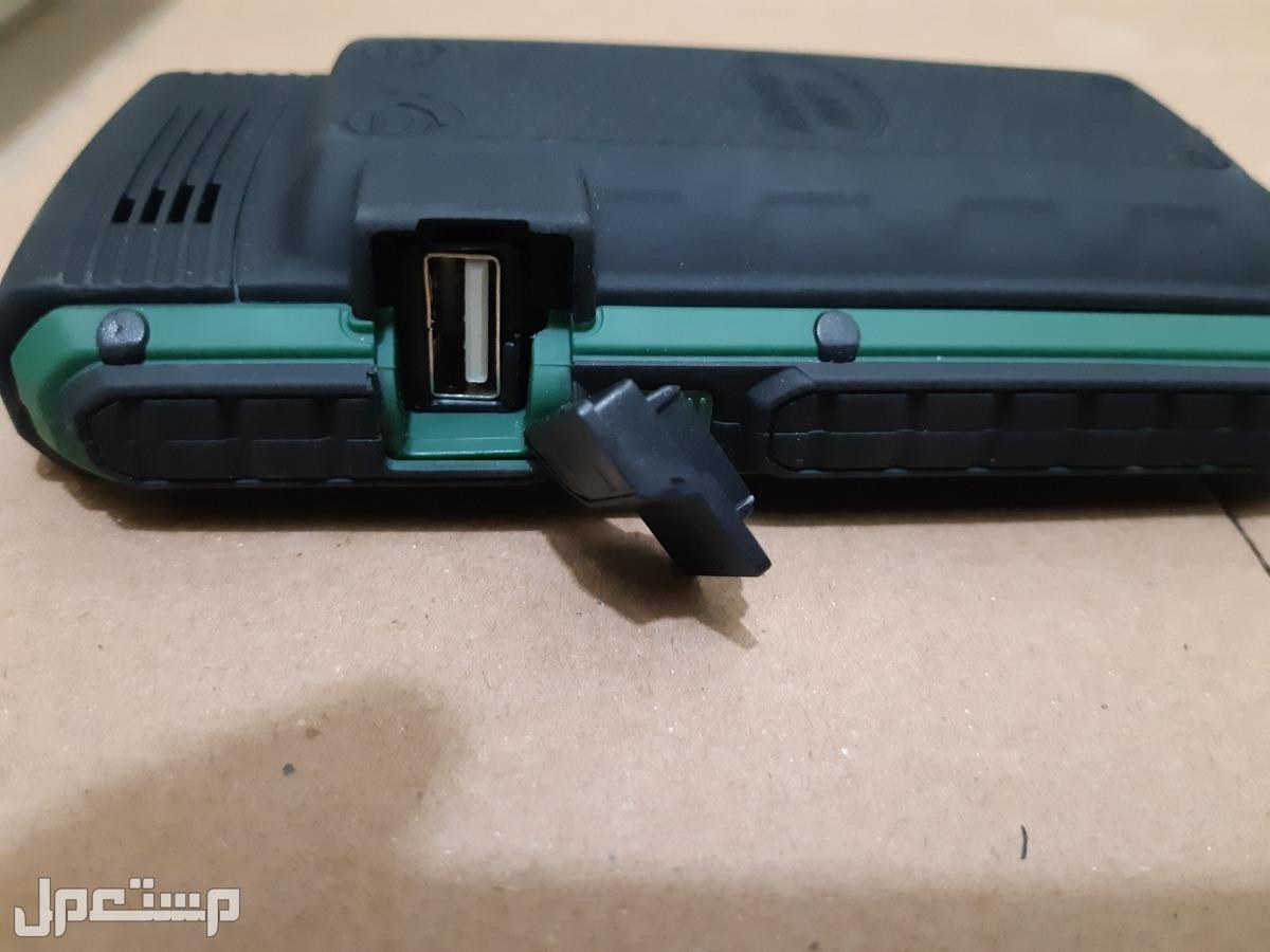 جوال لاندروفر LAND ROVER XP3400 بطارية 18 الف امبير وسماعات استريو وكشاف