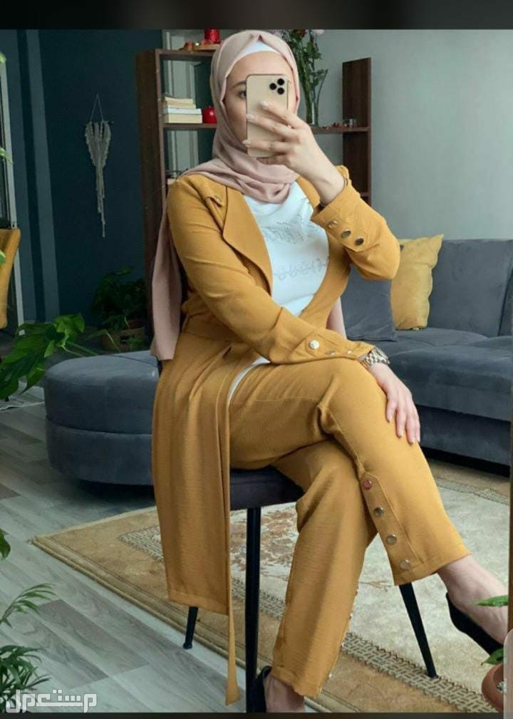 تشكيلة راقية من الملابس النسائية
