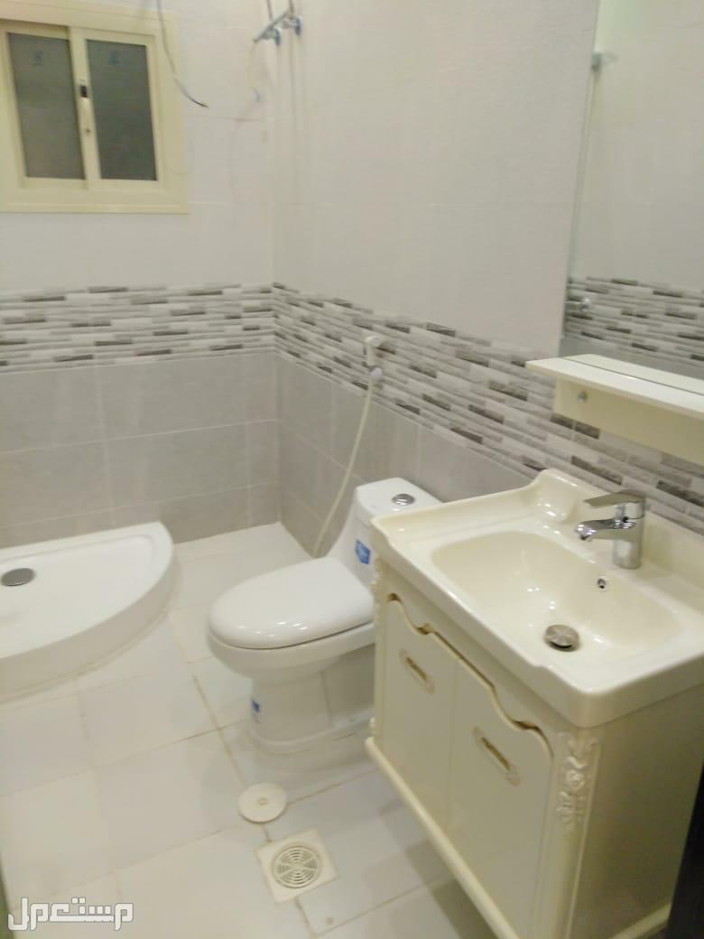 » شقه 3 غرف جديدة فاخره للبيع اول ساكن مستقله