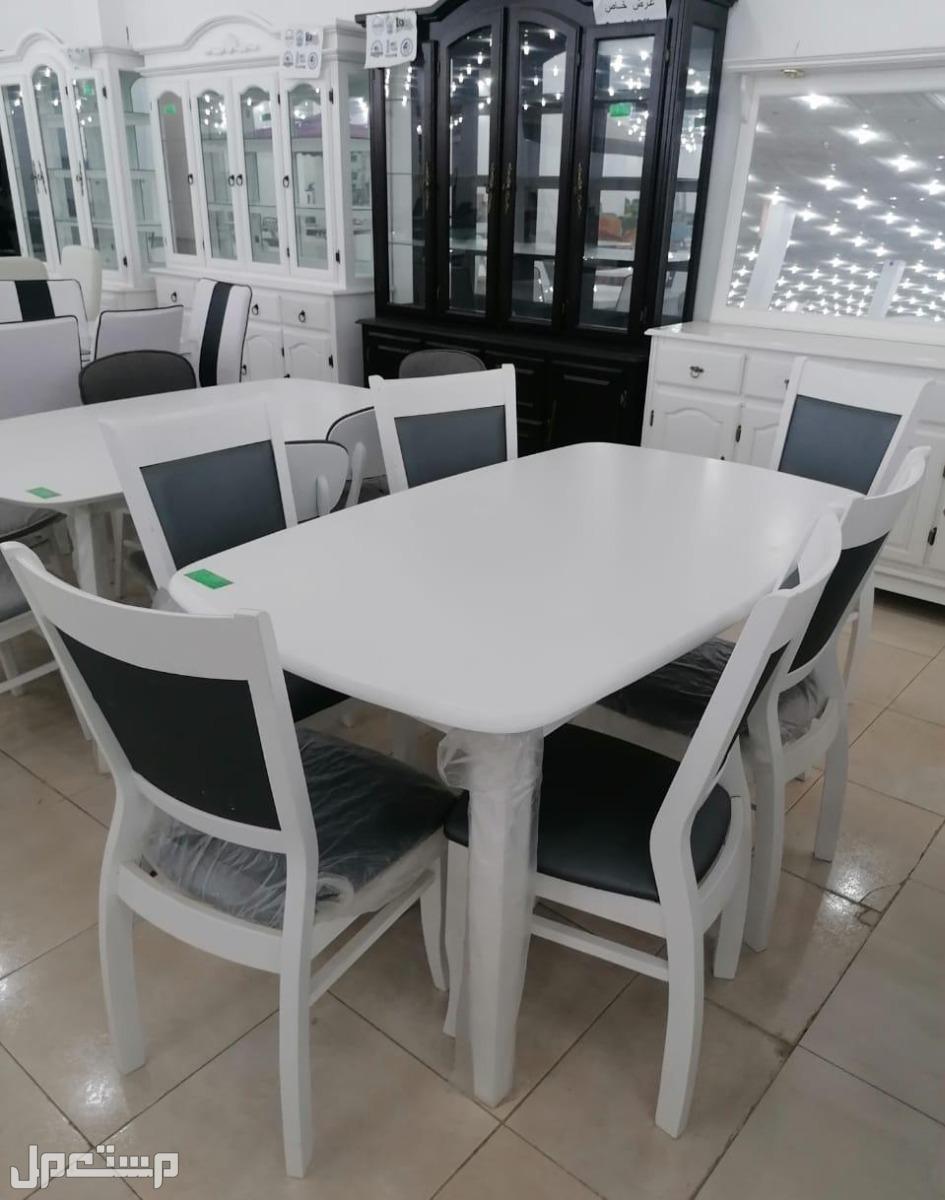 طاولات طعام ماليزيه