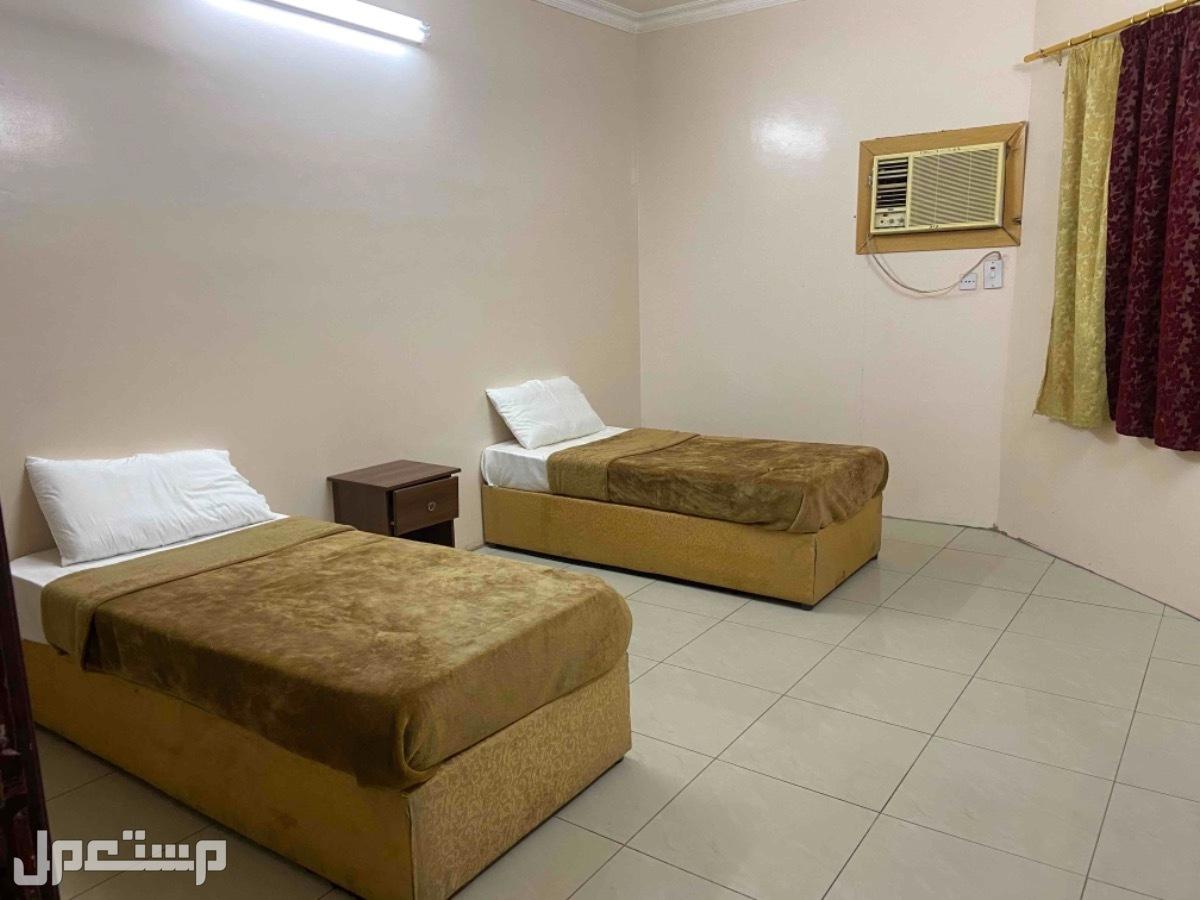 شقق و غرف مفروشة للإيجار شهري