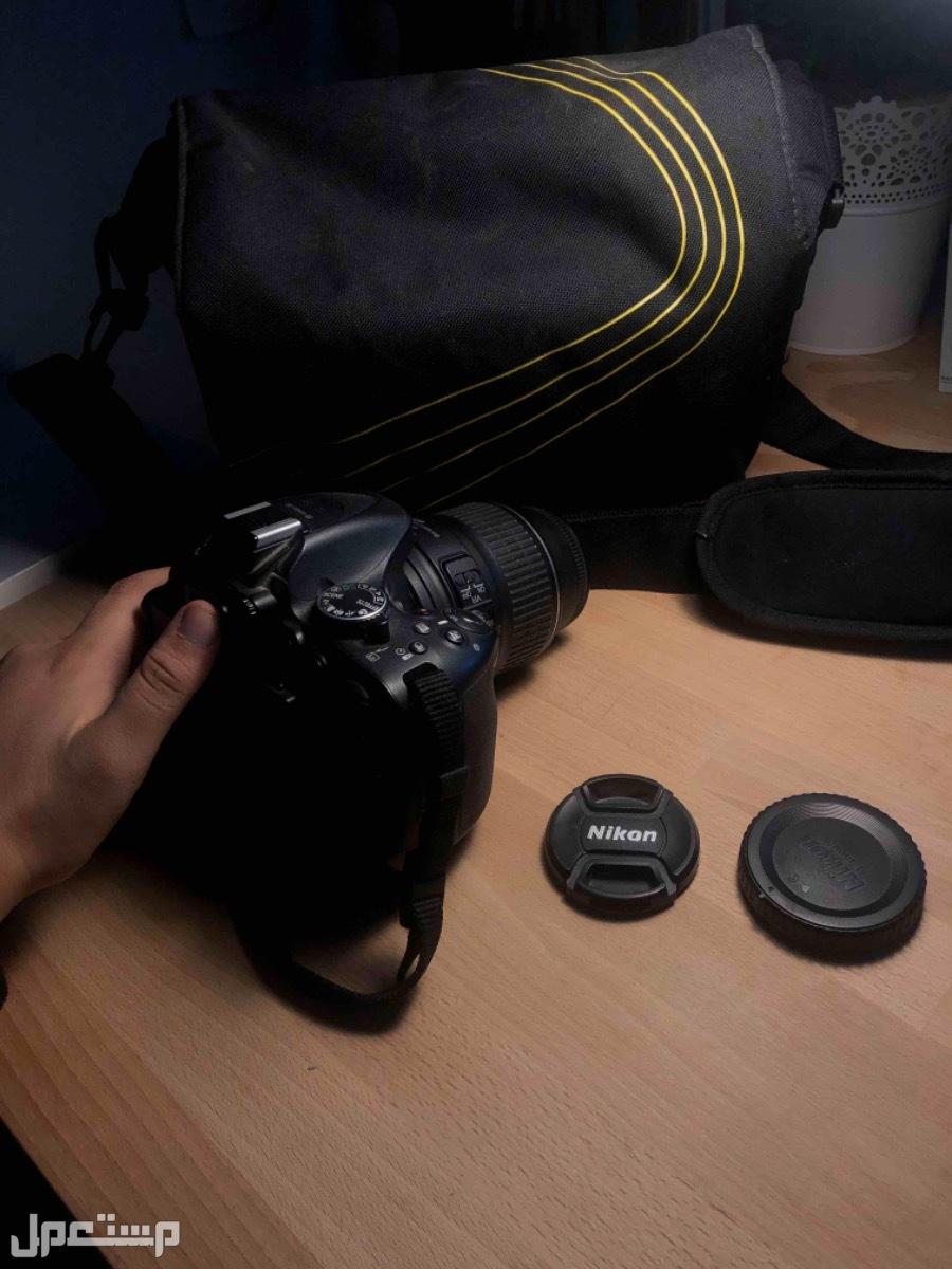 كاميرا نيكون D5200