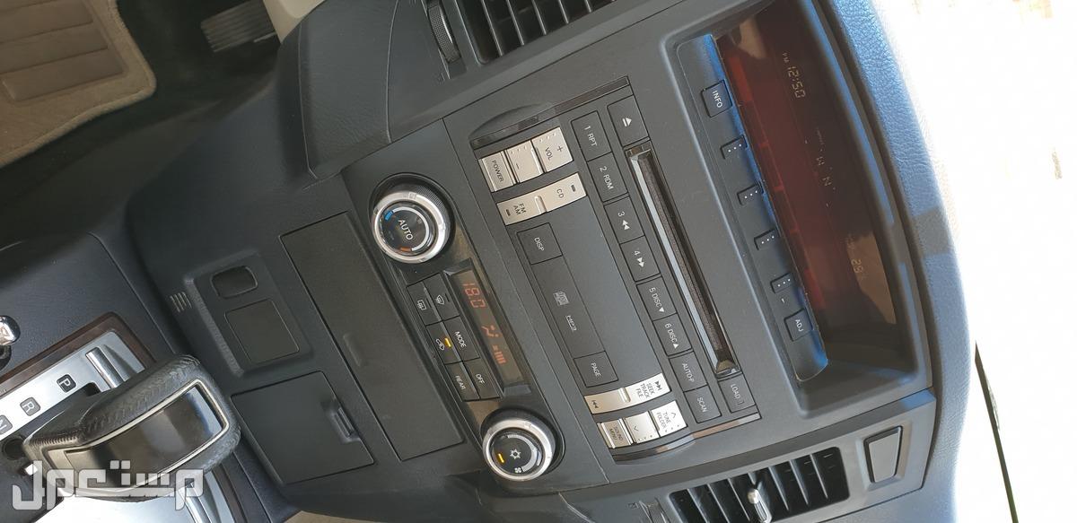 ميتسوبيشي باجيرو 2012 مستعملة للبيع