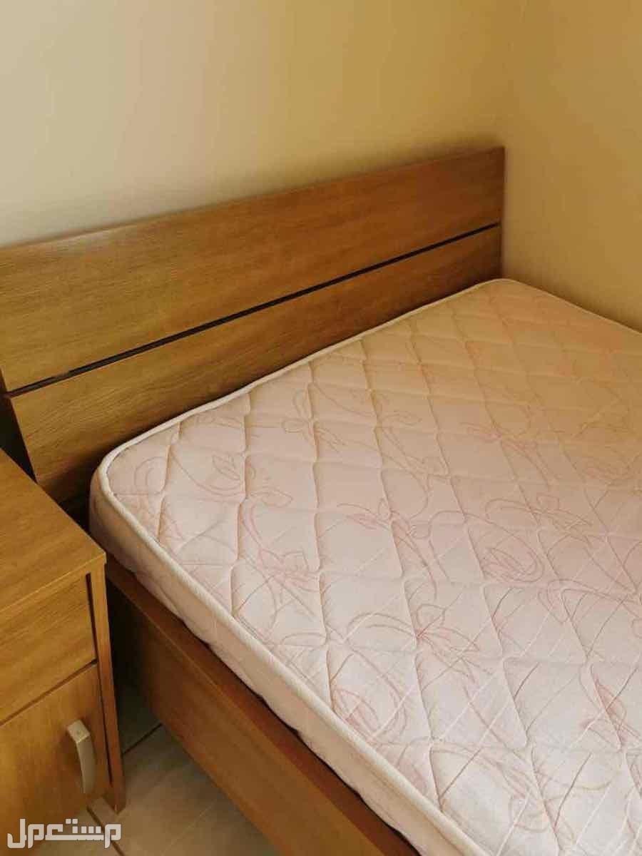 غرفة نوم خشب ماليزي بحالة ممتازة شبه جديد