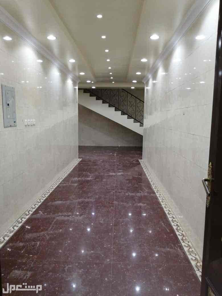 شقه للبيع م 130 متر بحي الدار البيضاء