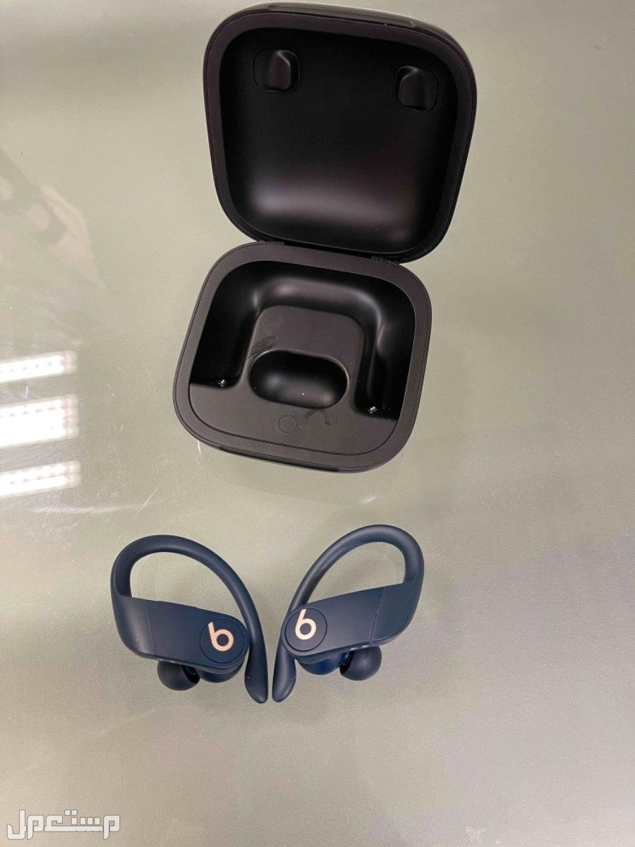 سماعة powerbeats pro بور بيتس برو للبيع لون ازرق غامق