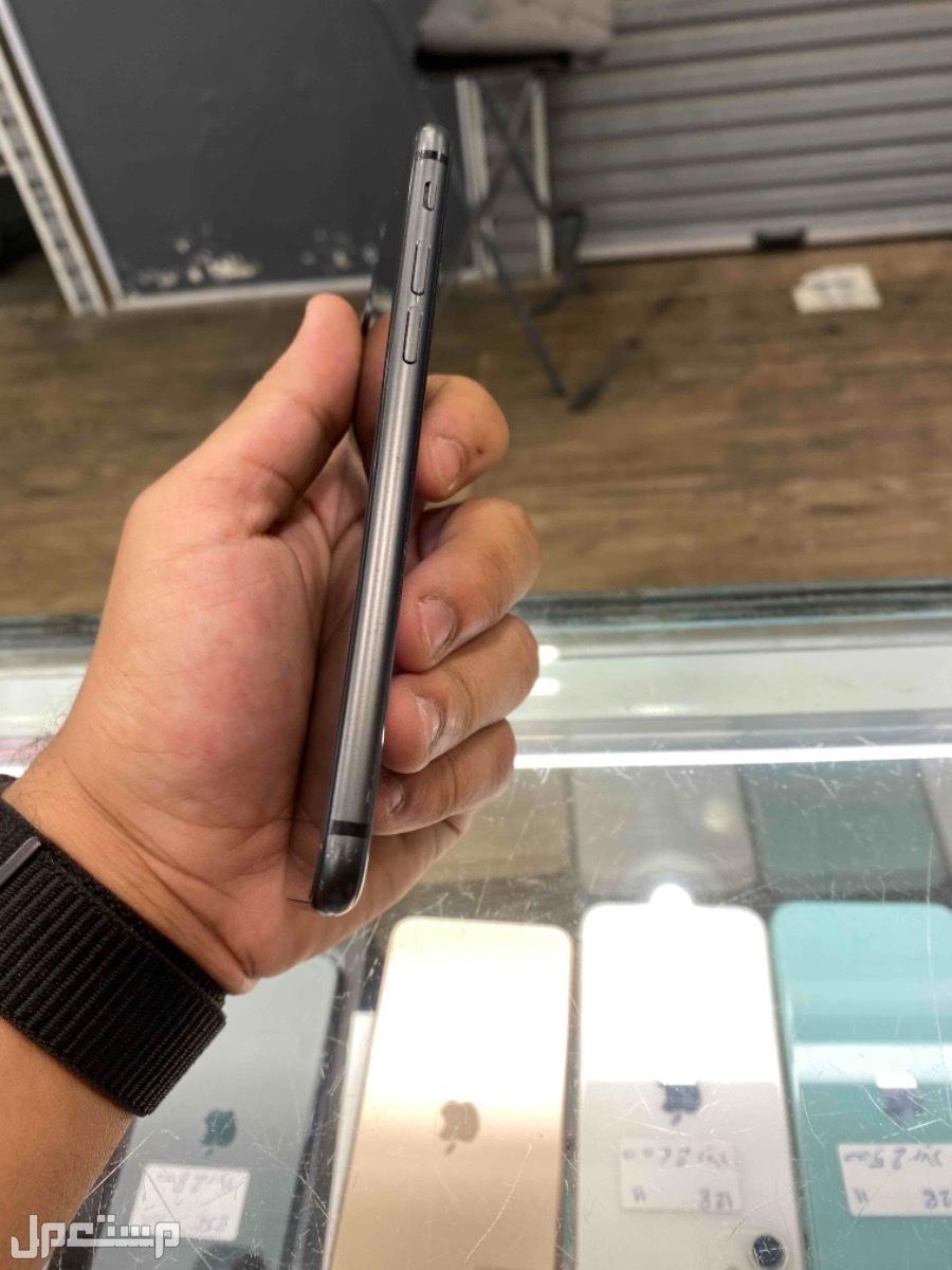 للبيع ايفون 8 اسود 256 مستخدم