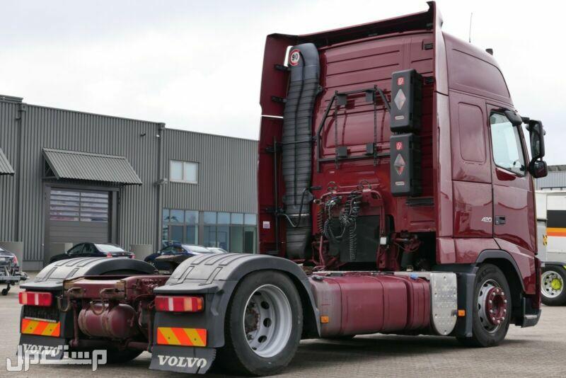 شاحنة فولفو مستوردة للبيع