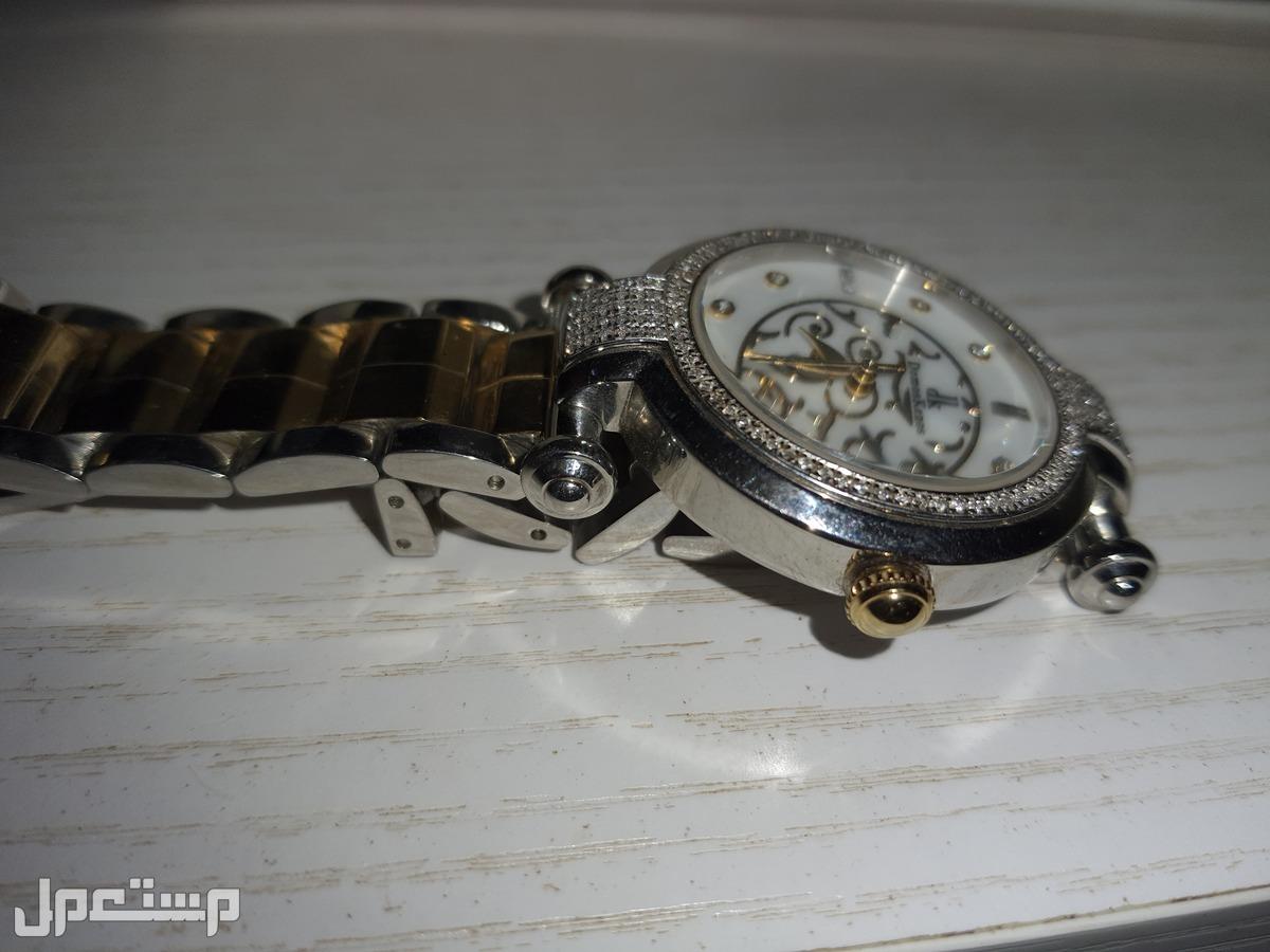 ساعة الماس الركن السويسري domoskino ساعة الماس من الركن السويسري سعر الشراء وقت التخفيض كان 2500