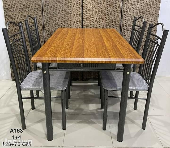عرض 🤗🤗🤗خاص طاولة طعام 🍴🍕🍔جديدة بالكرتون خشب صناعه ماليزي