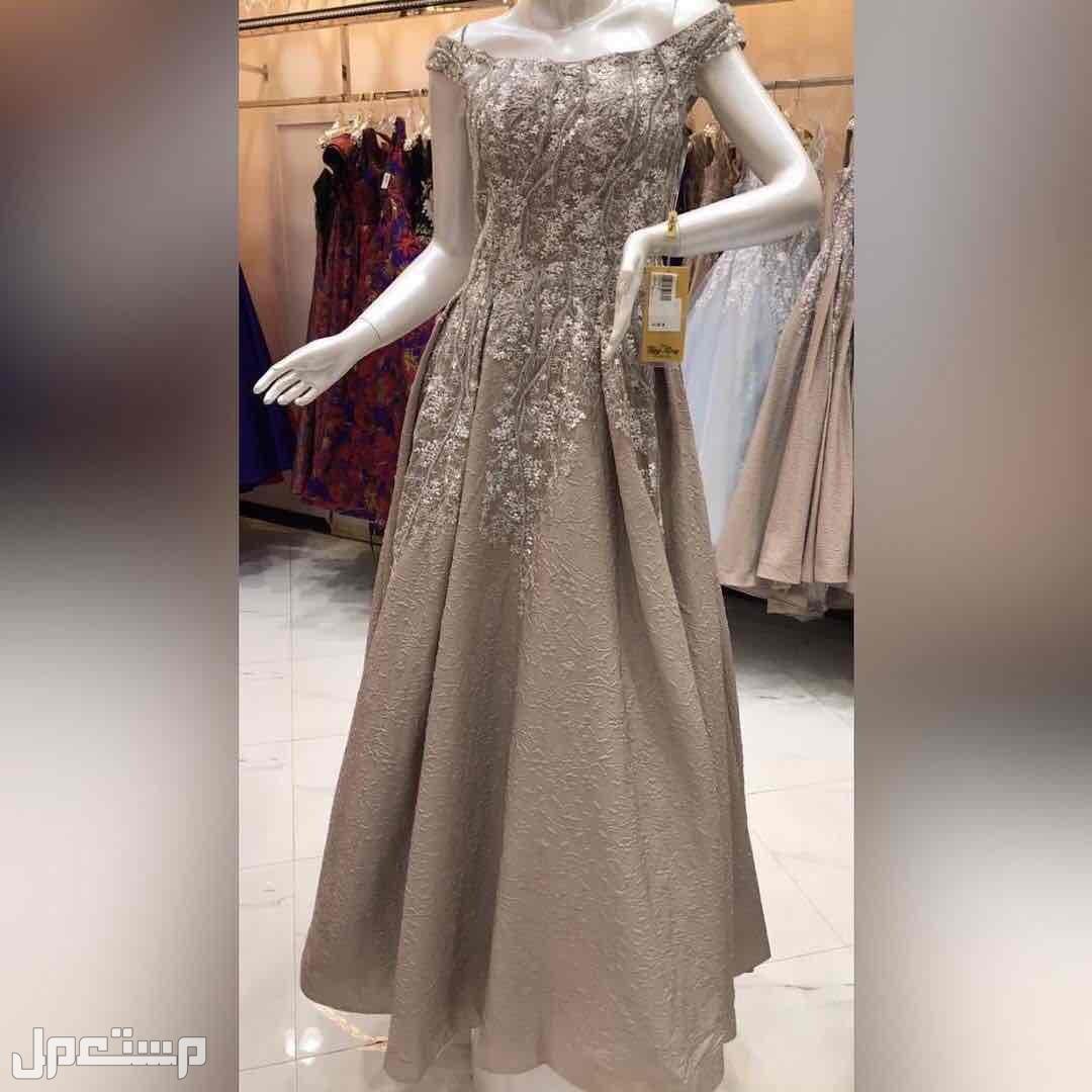فستان فستان