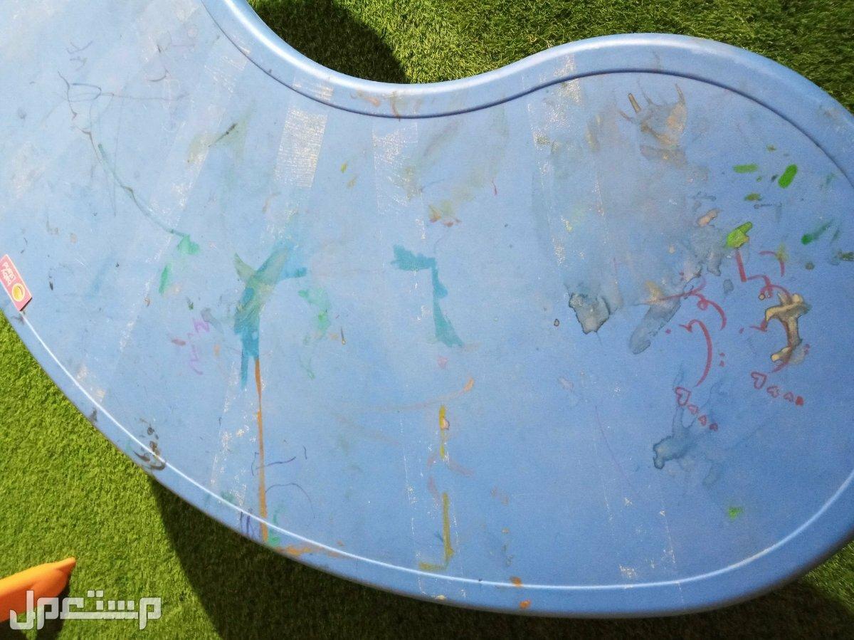 طاوله رسم اطفال