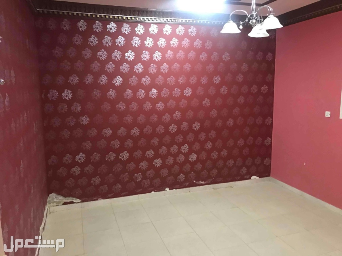 للبيع فيلا دور و3شقق م390 بحي الدار البيضاء