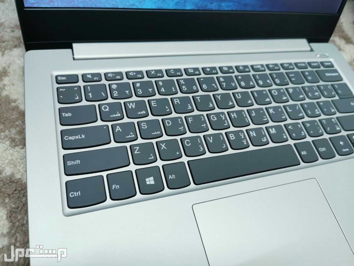 لاب توب Lenovo i5 الجيل الثامن وندز 10 اصلي هارد SSD للبيع