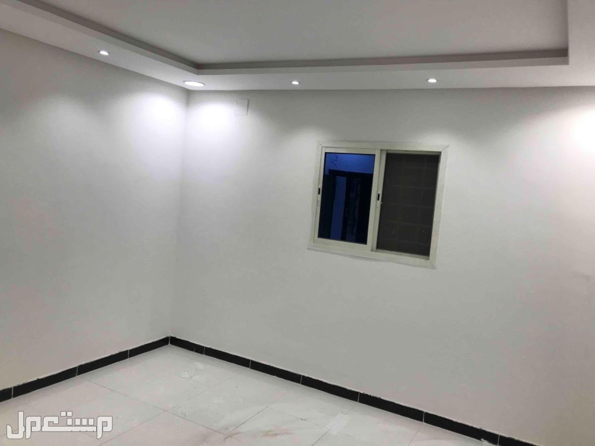 للبيع فيلا درج صالة وشقة م312 بحي الدار البيضاء(الرياض)