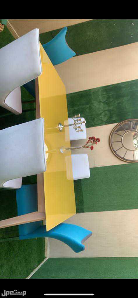 طاولة طعام من هوم سنتر 6 كراسي للبيع استعمال خفيف شبه جديده