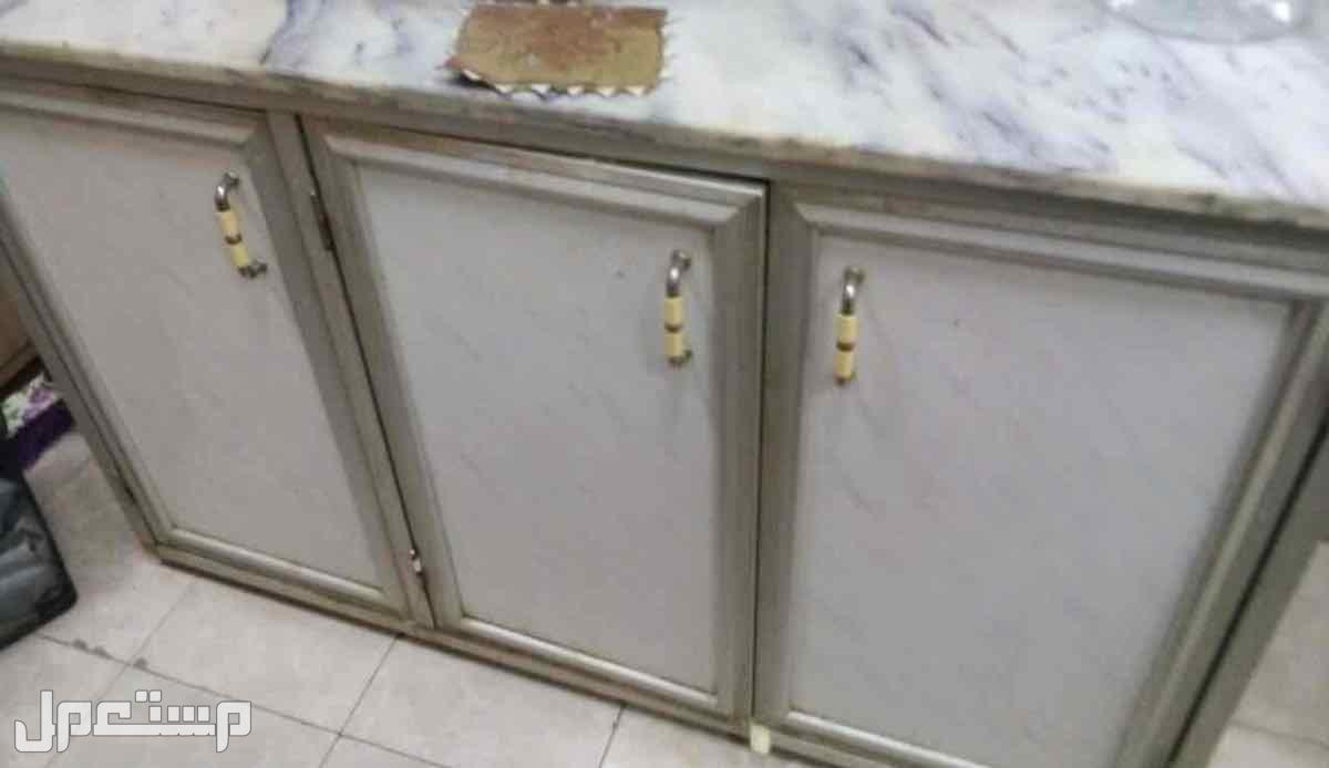 دولاب مطبخ 3 قطع ابيض في رمادي