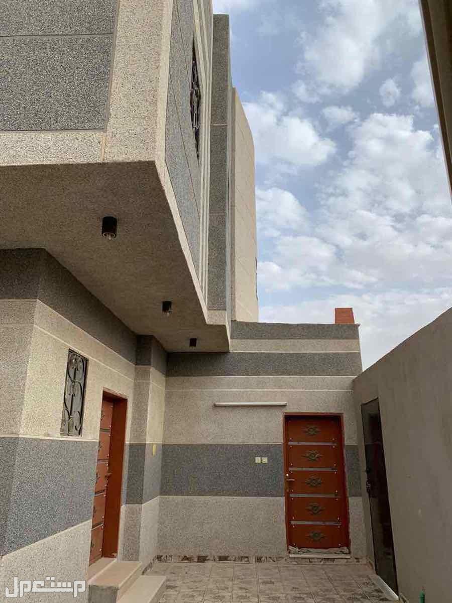 للبيع فيلا م375 دور +3شقق بحي الدار البيضاء (الرياض)